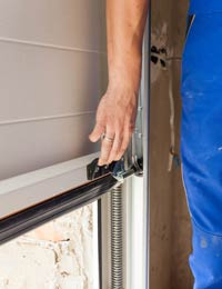 State Garage Door Service St Petersburg, FL 727-362-3657